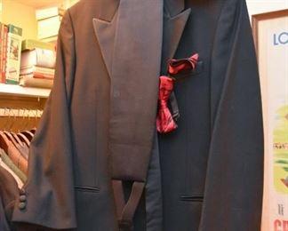Men's Clothing - Tuxedo