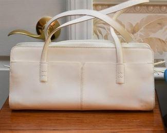 Women's Purses & Handbags