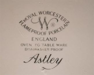 Royal Worcester Casseroles, Baking Dishes