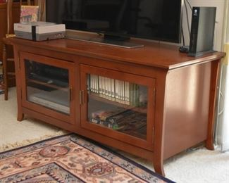 TV / Entertainment Stand