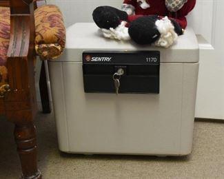 Sentry Home Safe / Lock Box