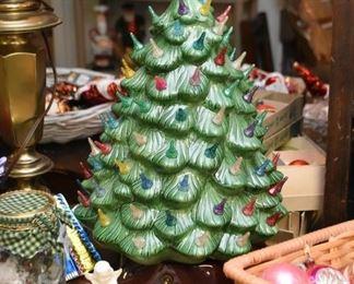 Christmas Decor (Vintage & Newer)