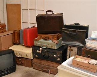 Vintage Luggage / Suitcases