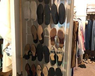Crimony, more shoes