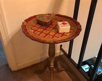 cute curio table