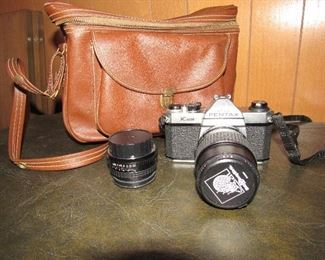 Pentax K1000 35mm camera with spare lenses