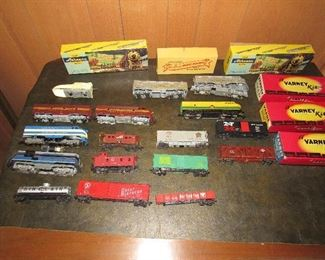 HO scale trains and accessories