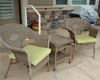 Wicker table w/two chairs