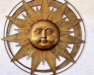Approx 36 inch diameter metal sun face wall decor