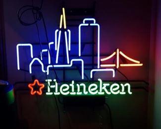 Heineken neon light in excellent condition.