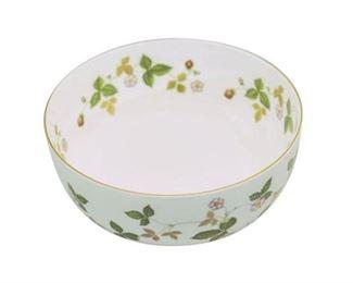 49. WEDGWOOD Wild Strawberry Porcelain Bowl