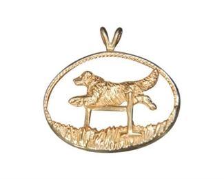 53. 14 Karat Yellow Gold Sporting Dog Pendant