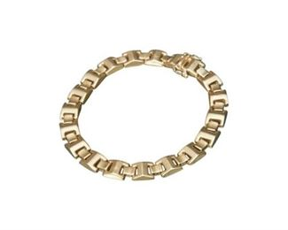 56. 14 Karat Yellow Gold Bracelet