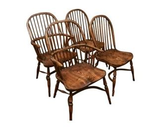 90. Set of Four 4 Windsor Comb Back Chairs
