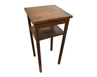 113. Vintage Oak Arts Crafts Side Table