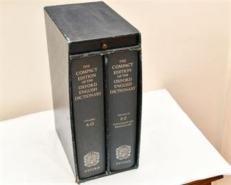 171. Oxford English 2 Book Dictionary Set With Case