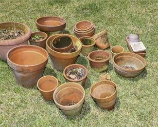 199. Lot Terracotta PlantersGarden Boxes