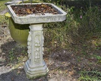 206. KENNETH LYNCH Concrete Bird Bath