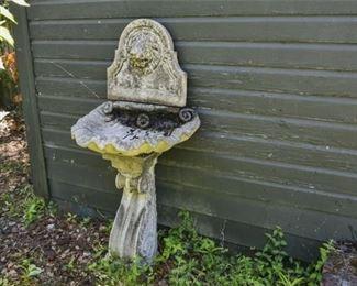 214. 3 Piece Concrete Garden Bird Bath