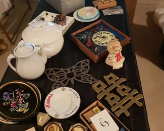 Antique items, collectibles