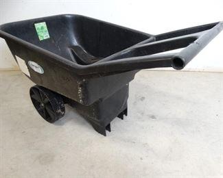 Smart Garden 4.5cu ft Poly Yard Cart