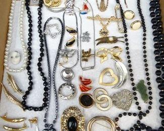 Assorted Vintage Necklaces