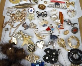 Vintage Jewelry Assortment
