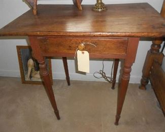 ANTIQUE SIDE TABLE WITH BREAD BOARD TOP