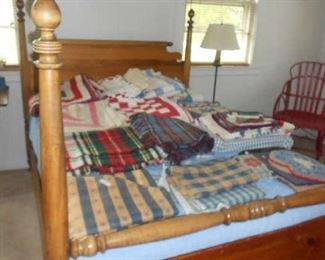 ANTIQUE FULL SIZE BED