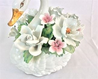"Porcelain Swan, 12"" H. Capodimonte, Made in Italy."