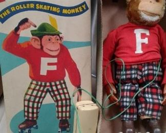 Frankie Roller Skating Monkey-IN THE BOX!  no fading-wonderful condition!