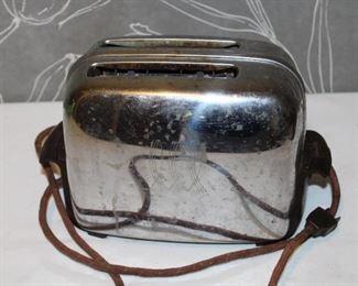 Vintage Toastmaster pop up toaster