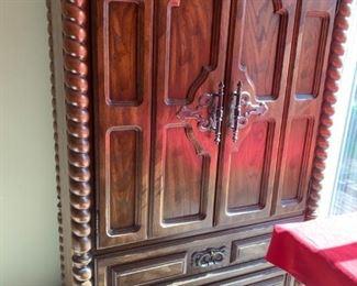 #4Bachelors Chest w/5 drawer & 2 doors w/ Barley Twist Side 42x20x62 $125.00