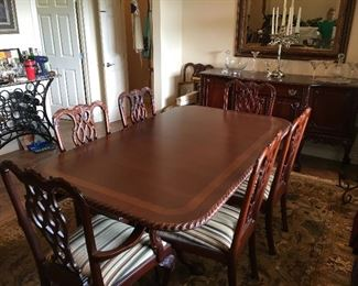 Mahogany Formal Dining Table with 6 Chair Seating