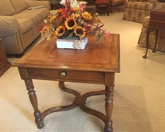Oak end table. Fall dried flower arrangement in nice pottery container