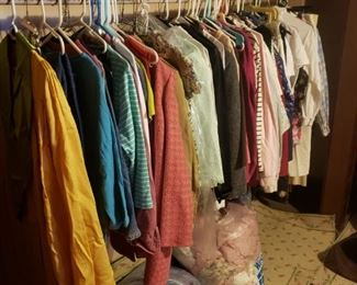 Women's clothing -- vintage & new, sizes 10-14, more. Linens.