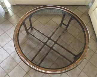 wood/glass 4' round coffee table