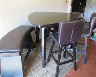BAR HEIGHT KITCHEN TABLE/BENCH/BARSTOOLS