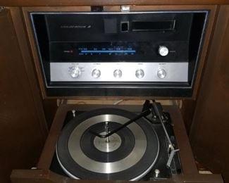 Vintage Lear Jet Stereo, works!