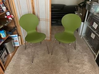 Mid-century modern style chairs