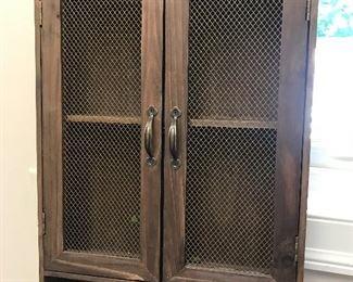 Wall shelf w/doors
