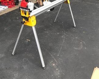 Dewalt mitre saw stand (collapsible)