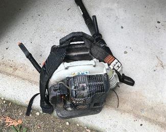 Back pack leaf blower