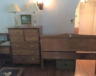 This is the matching bedroom set:  headboard, nightstand, and dresser.