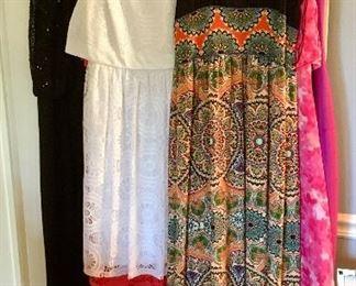 Ladies Clothing - Size 6 - Medium...