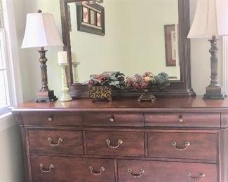 Broyhill dresser & mirror
