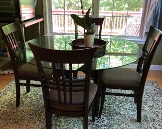 table and chairs glass top