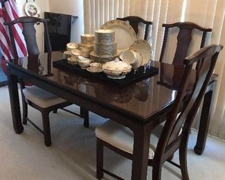 Oriental style table w/6chairs 2 leaves and custom table pads