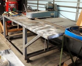 "Lockformer Slitter 20 Gauge, 36.5"" x 88"" x 44.5"" 20 Volt Includes Rolling Raw Material Table, 24"" Well"