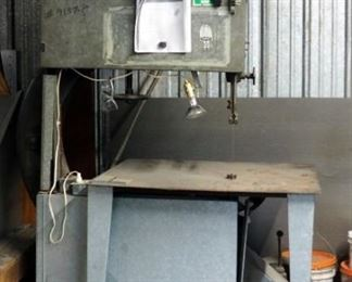 """Heavy Duty Sheet Metal Bandsaw With 197"""" Blade Length, Works"""